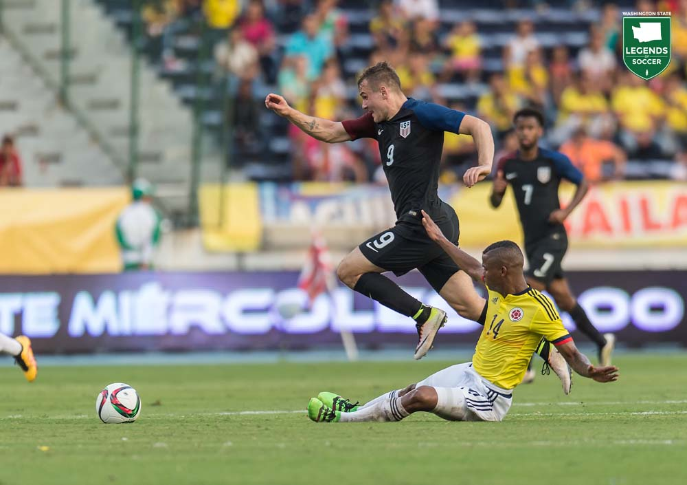 Jordan Morris nearly scored, hitting the crossbar, as the U.S. Under-23 National Team drew 1-1 at Colombia in an Olympic qualifying match. (Courtesy David Bernal / ISI Photos)