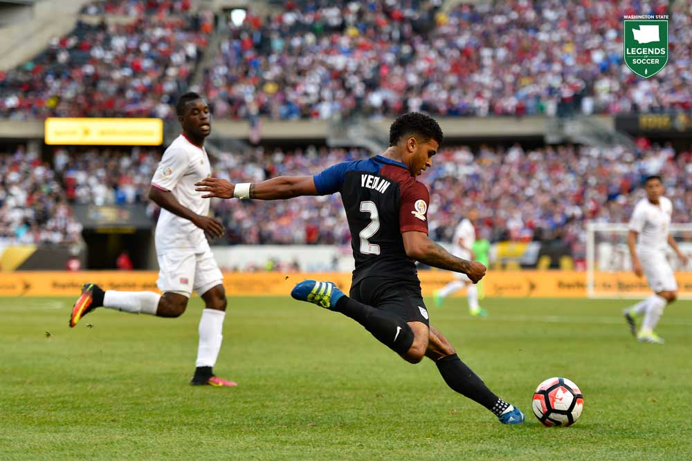 DeAndre Yedlin drives the ball upfield the U.S. vs Costa Rica during a Copa America match in Chicago. (Courtesy Robin Alam / ISI Photos)