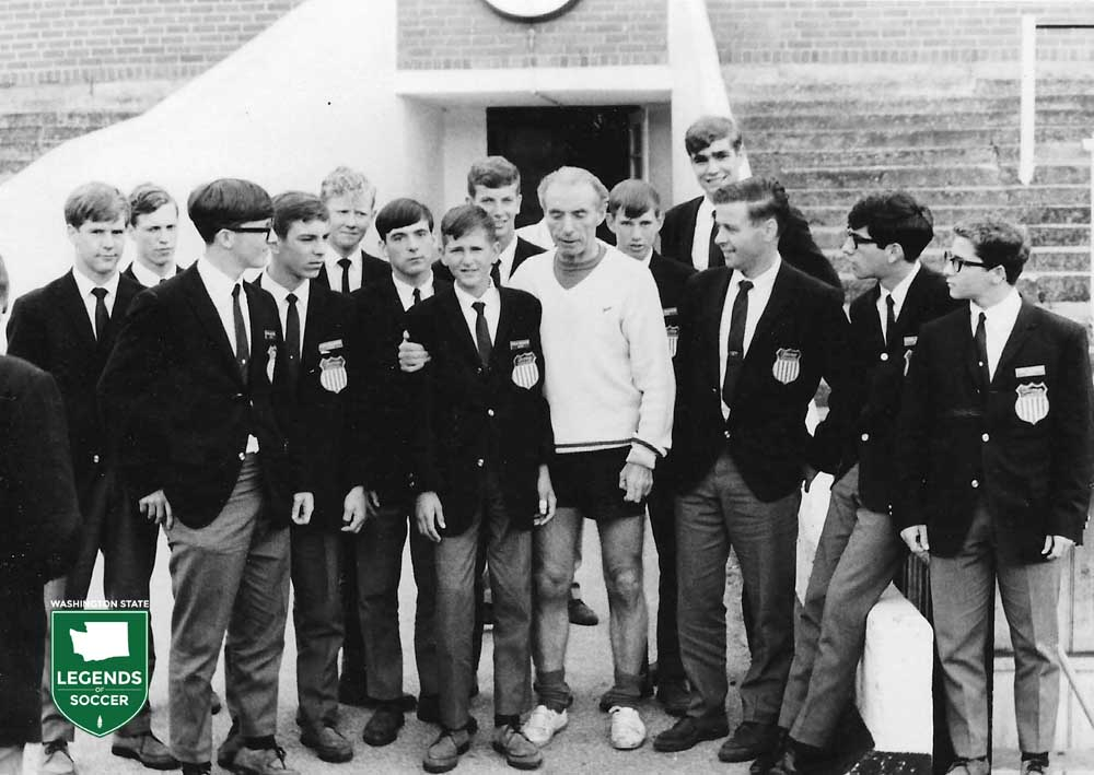England legend Sir Stanley Matthews meets with members of the touring Tacoma Wanderers.