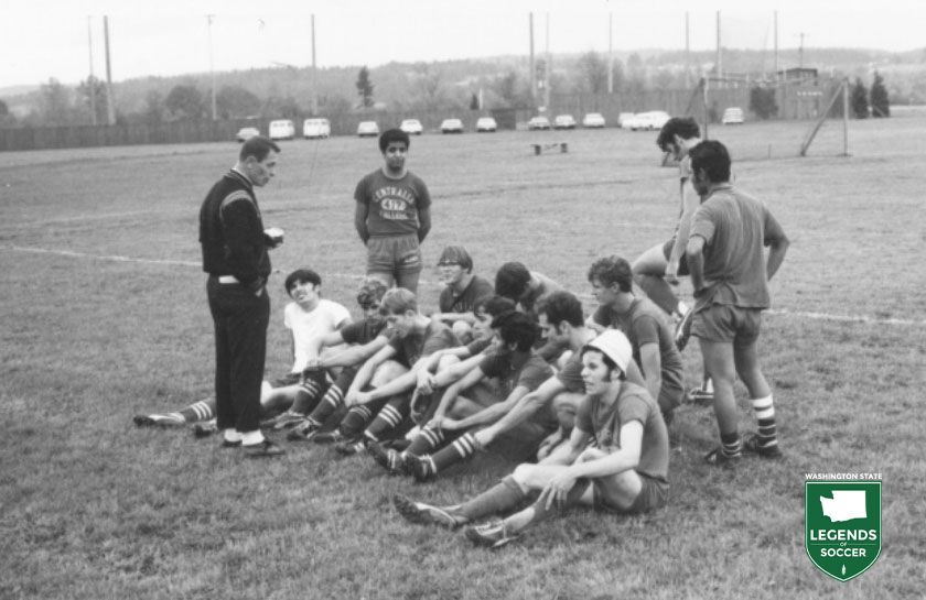 Centralia Community College's 1975 men's team at Borst Park.